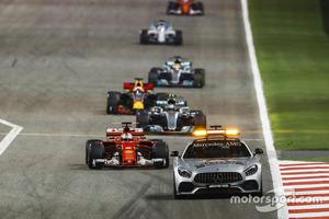 F1 bahrain gp 2017 the safety car leads sebastian vettel ferrari sf70h valtteri bottas mer